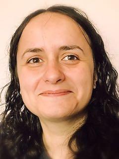 Photo of Claudia Plesa.